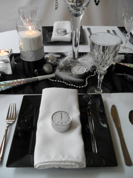 new year eve, new year party, new year dinner, new year placesetting, new year eve