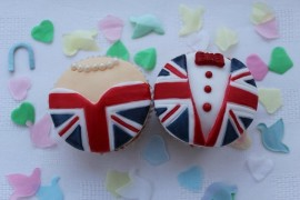 Royal Wedding, Will & Kate wedding cupcakes, royal cupcakes, British cupcakes, England cupcakes, gorgeous beautiful Royal wedding England cupcakes, Will & Kate wedding cupcakes