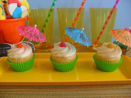 beach cookies, beach party, beach party cupcakes, beach party ideas