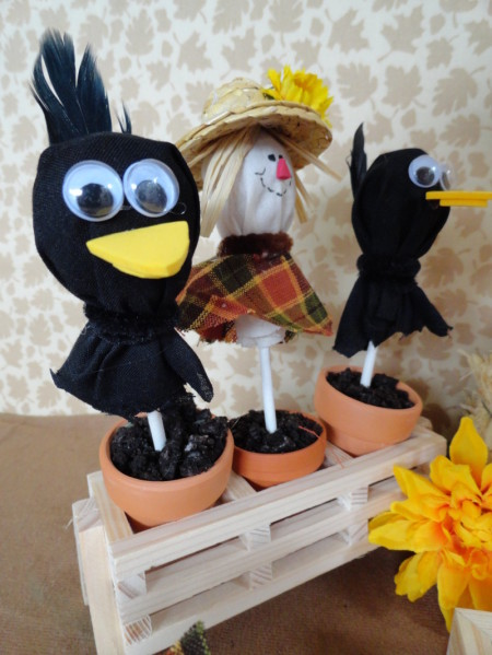 Tootsie Pop scarecrow, Tootsie pop crow, harvest party, harvest party craft, harvest party snack, cute food