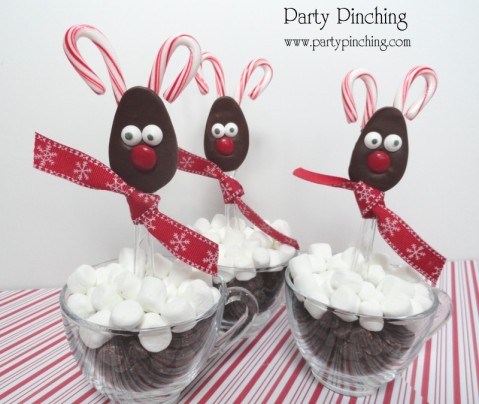 chocolate spoons, christmas chocolate spoons, reindeer spoons, chocolate reindeer spoons, cute chocolate spoons, cute food