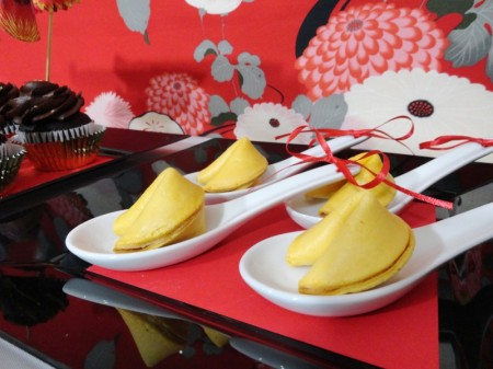 chinese new year desserts, chinese new year party, cupcakes, dragon treats, panda cookies, cherry blossom cupcakes, fortune cookies, chinese takeout boxes, chinese desserts