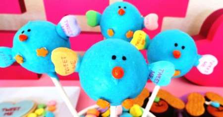 valentines dessert ideas, cute valentine desserts for kids, twitter bird cakepop, cake, pop, twitter, tweet pop, tweet, bird cake, valentine, cute food, valentine dessert, valentine cake