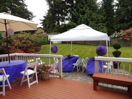 graduation party, graduation open house, grad party ideas, easy and budget friendly grad parties, graduation decorations, grad food, grad centerpieces, graduation table ideas