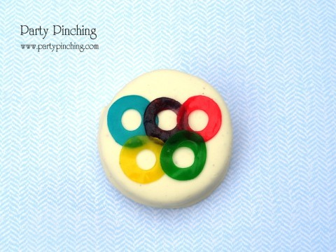 olympics party ideas, summer olympics party, 2012 olympics party, olympic cookies, olympic rings cookies, olympic oreos