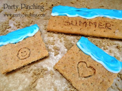 sandy beach graham cracker, writing in the sand cookie, beach graham, beach cookie, summer graham, summer cookie, summer snack