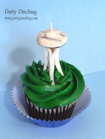 seattle space needle cupcake, space needle cupcake, seattle cupcake, seattle party, seattle 50th anniversary