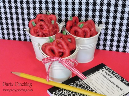 candy pretzels, back to school snack, after school snack, back to school ideas, party ideas, teacher gift ideas, teacher appreciation gift, school snacks