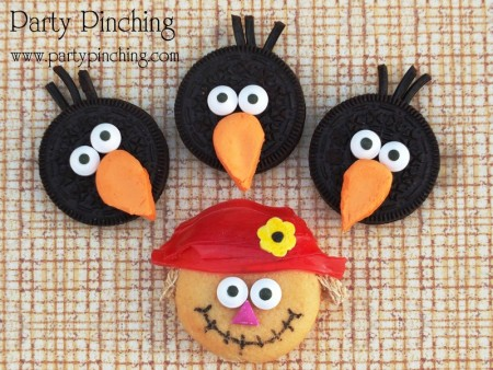 Harvest cookies, fall cookies, scarecrow cookies, crow cookies, autumn cookies, harvest oreos, cute oreos, crow oreos, scarecrow oreos, harvest party, fall snacks,