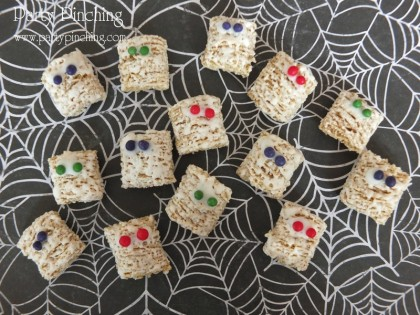 Mummy snack, halloween snack, frosted mini wheats, cute cereal snack, mummy treat, halloween treat, easy halloween snack