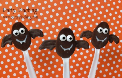 chocolate spoons, halloween chocolate spoons, chocolate bat spoons, hot cocoa spoons, halloween treat, halloween hot chocolate