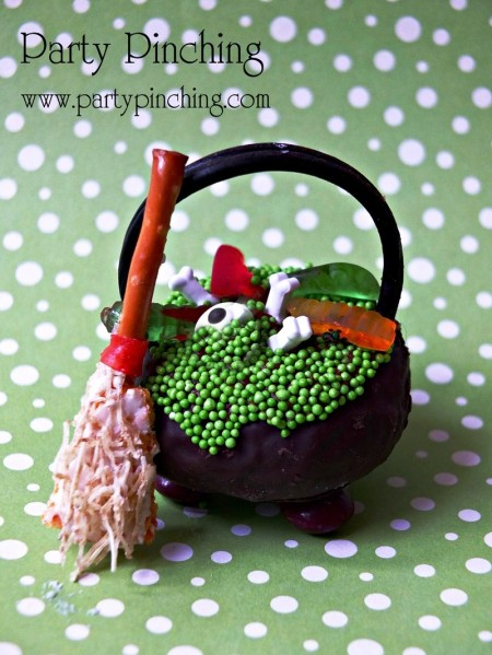 donut cauldron, cupcake cauldron, hostess donette, halloween cauldron, cute halloween food, halloween party