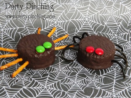 Ding Dongs, Hostess, Spider Ding Dongs, Spider cupcakes
