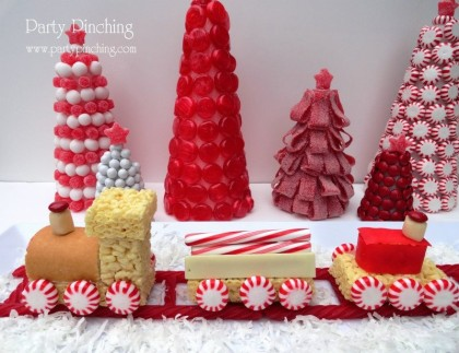 christmas train, little debbie snacks, candy train, christmas dessert ideas, easy christmas dessert ideas
