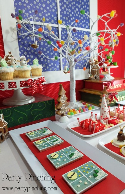 twas the night before christmas dessert table, christmas dessert ideas, no bake christmas desserts, cute christmas mice, lindt chocolate, cute christmas cookies