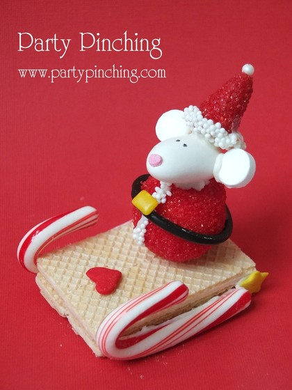 santa cookie, santa mouse cookie, christmas cookie, no bake cookie, sled cookie, cute christmas cookie, lindt chocolate, 