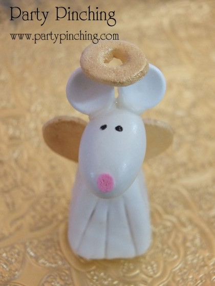 nativity angel, nativity cake, cute nativity cake, christmas cake, cute christmas cake