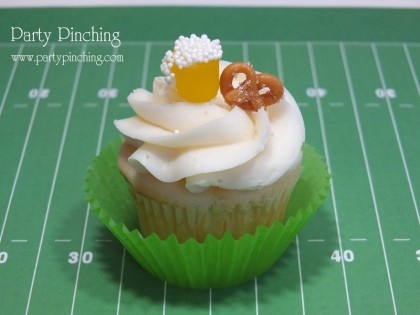 super bowl food ideas, super bowl cupcake, football cupcake, beer & pretzel cupcake, super bowl food