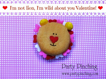 cute valentine cookie, lion cookie, valentine's day treat, valentine's day treat for kids, valentine's day desserts for kids