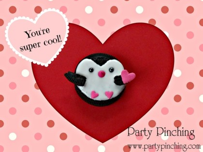 penguin cookie, cute food, valentine cookie, cute valentine cookie, oreo penguin, Oreo, valentine's day desserts for kids