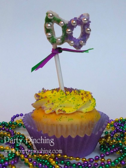 mardi gras cupcake, mardi gras dessert ideas, mardi gras party ideas, mardi gras mask, fat tuesday party ideas