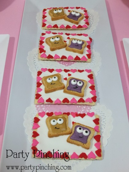 PB&J cookies, cute valentine's day cookies, pop tarts, valentine party ideas, valentine's day dessert ideas, valentine's dessert for kids, valentine treats for kids, children valentine's day party