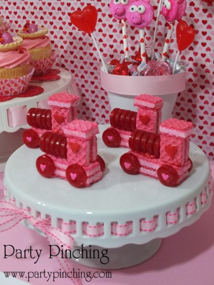 easy valentine treat for kids candy valentine train candy valentine party ideas - Valentine Snacks For School