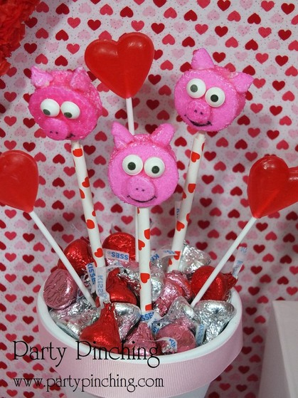 marshmallow pigs, pig pops, valentine party ideas, valentine's day dessert ideas, valentine's dessert for kids, valentine treats for kids, children valentine's day party