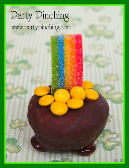 st. patrick's day ideas, st. patrick's day dessert, pot of gold donut, st. patrick's day for kids