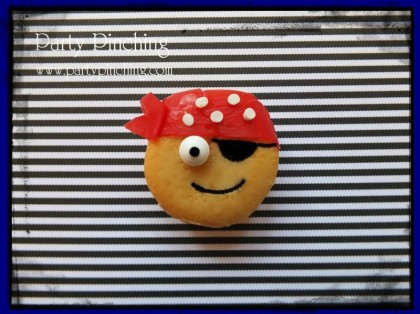 talk like a pirate day ideas, pirate cookie