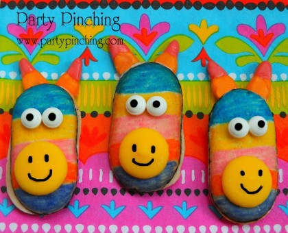 cinco de mayo ideas, easy pinata cookies, cute pinata cookies, cinco de mayo for kids, fiesta party ideas, milano cookies