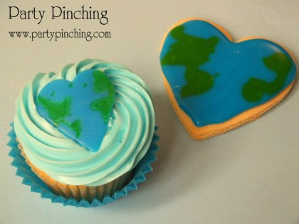 Earth Day ideas, earth day cupcakes, earth day cookie, heart cupcake, heart cookie, world cupcake, world cookie, earth day for kids, 