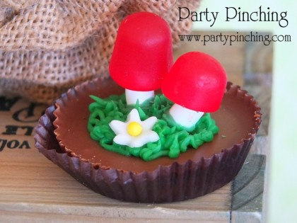 mushroom cookie, reeses cookie, garden cookie, garden dessert, greenhouse cake, garden cake, garden party ideas, garden party desserts
