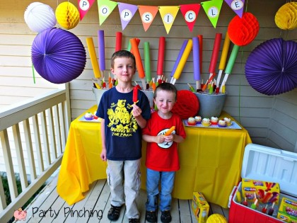Popsicle party, popsicle pop up party, popsicle cupcakes, popsicle table, popsicle ideas