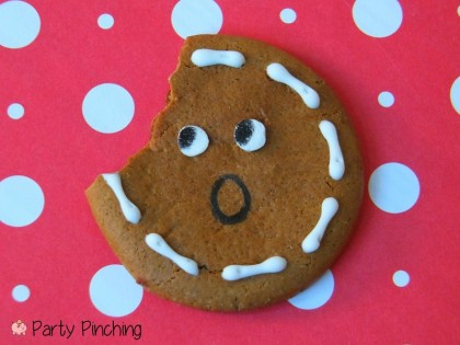 easy gingerbread cookies, no bake gingerbread cookies, ginger snaps, gingersnap cookies, cute gingerbread ideas, easy christmas cookies
