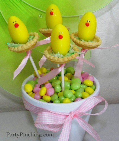 Easter dessert ideas, cute easter desserts, easter chicks on a stick, easter egg candy, cute easter chicks, easter dessert for kids
