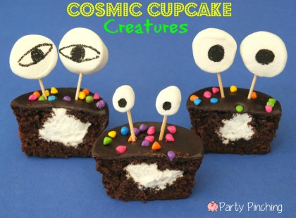 Little Debbie Cosmic Cupcakes, Cosmic Cupake Spaceships, Cosmic Cupcake Creatures, Cosmic Cupcake Aliens, Space party ideas, space cupcakes, alien cupcakes, rocket cupcakes