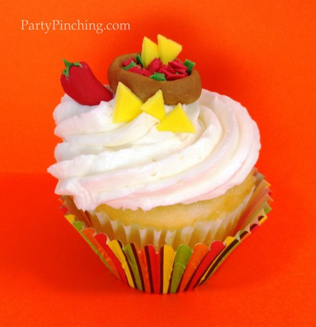 Cinco de mayo ideas, cinco de mayo party, fiesta party ideas, nacho cupcakes, cute fiesta desserts, cinco de mayo for kids
