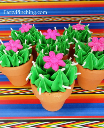 Cinco de mayo ideas, cinco de mayo party, fiesta party ideas, cactus brownies, cactus cupcakes, cinco de mayo for kids, fiesta dessert, cinco de may dessert