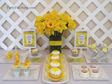 Mother's Day ideas, Mother's Day dessert ideas, mother's day dessert table, mother's day cupcakes, mother's day candy, mother's day treats, spring dessert table