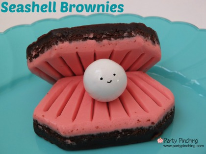 little debbie seashell brownie, cute pearl shell snack, under the sea party ideas, mermaid party ideas, pirate party ideas, easy summer dessert ideas for kids, clam shell cookie