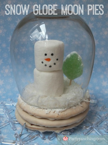 snow globe moon pie, snowman treats, easy Christmas desserts for kids, cute holiday treats