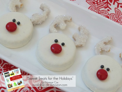 snow white reindeer oreo cookies easy Christmas treats, kid friendly Christmas