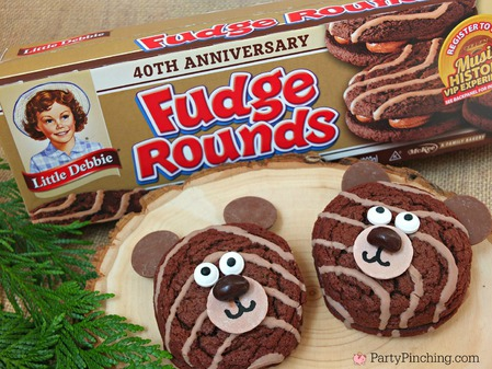 Little Debbie Fudge Rounds, Bear cookies, camping snacks, camping food, fun food, camping party ideas, party pinching, bear cakes