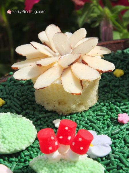 fairy garden brownie, fairy garden ideas, theme fairy gardens, fairy garden party, cute fairy ga